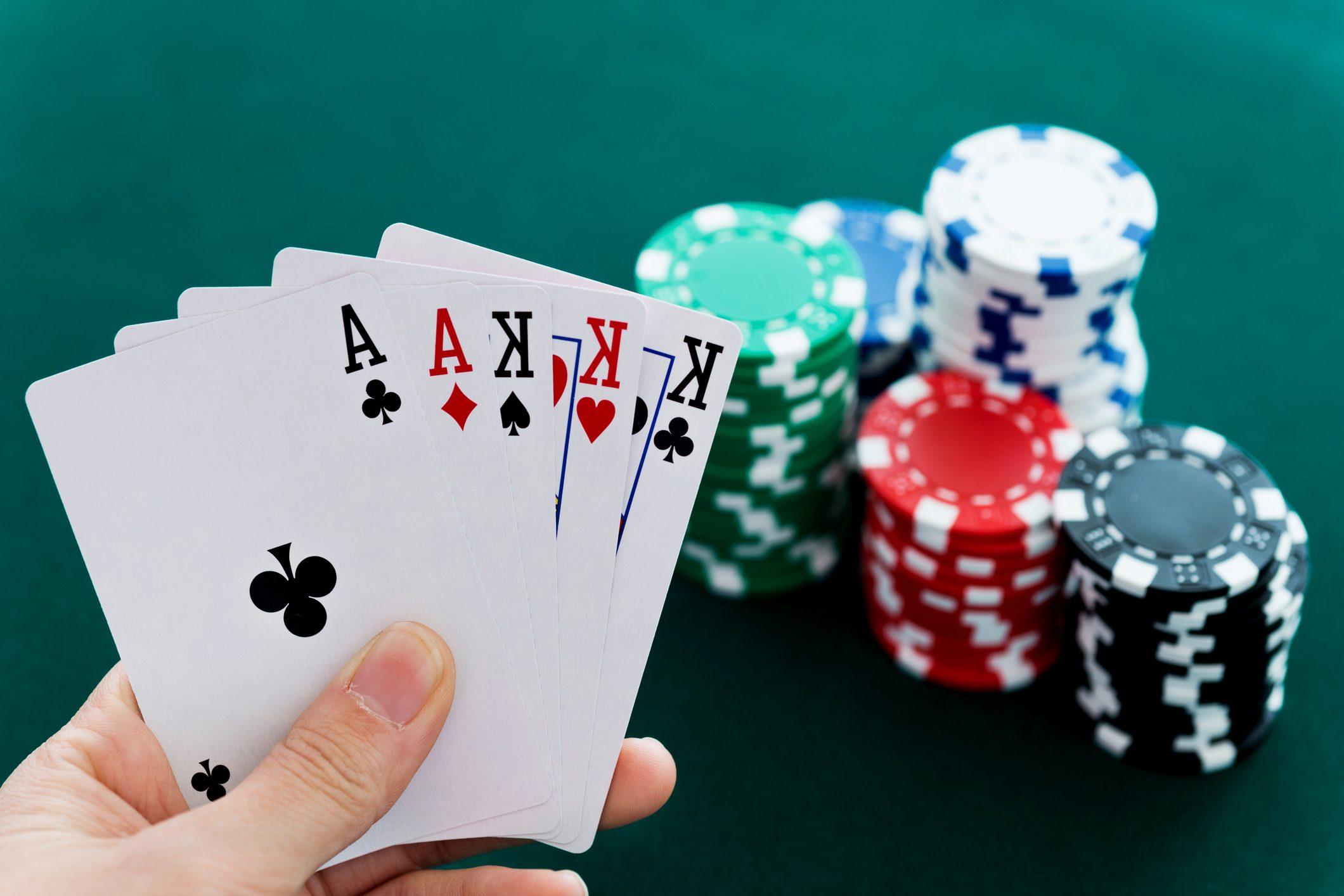 Kenali Ketentuan dan Macam Permainan Poker Untuk Pemula